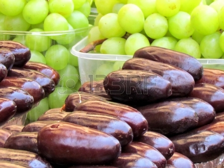 14266907-fresh-dates-and-grapes-on-bazaar-in-tel-aviv-israel